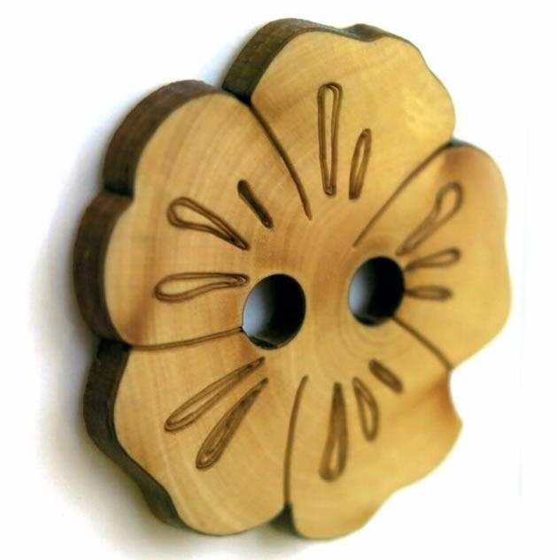 Bouton 2 trous buis fleur 32mm à 25mm